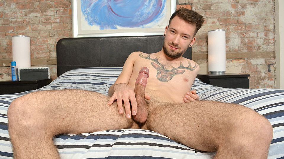 Slow Stroking With Zach – Zach Connors