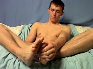 Big+Feet+%26+Juicy+Cock%21