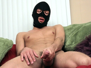 Masked+Boy+Sean+Enjoys+A+Solo