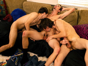 Marcus+Turns+Top+In+A+Threesome%21